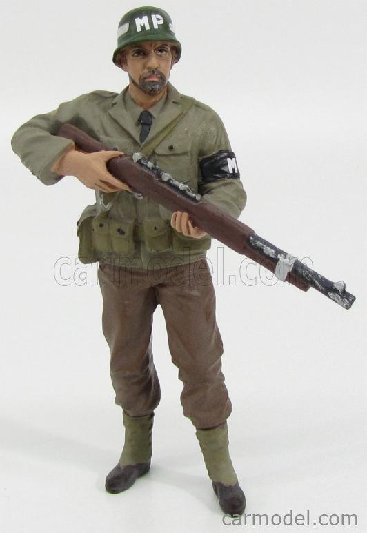AMERICAN DIORAMA 77417 Echelle 1/18  FIGURES SOLDATO POLIZIOTTO MILITARE CON FUCILE - MILTARY POLICE SOLDIER IV WITH RIFLE GUN GREEN BROWN