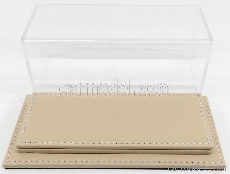 ATLANTIC ATL10086 Масштаб 1/43  VETRINA DISPLAY BOX MOLHOUSE BASE IN PELLE - LEATHER BASE BEIGE - Lungh.LENGHT cm 17 X Largh.WIDTH cm 8 X Alt.HEIGHT cm 7 (altezza interna 5.2 cm ) PLASTIC DISPLAY