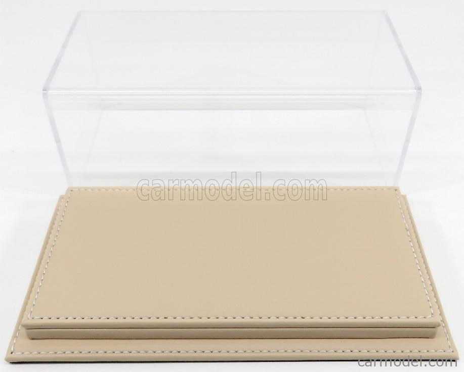 ATLANTIC ATL10080 Масштаб 1/24  VETRINA DISPLAY BOX MOLHOUSE BASE IN PELLE - LEATHER BASE BEIGE - Lungh.LENGHT cm 23 X Largh.WIDTH cm 12 X Alt.HEIGHT cm 8.5 (altezza interna 6.7 cm ) PLASTIC DISPLAY