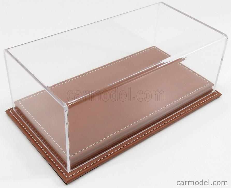 ATLANTIC ATL10077 Масштаб 1/24  VETRINA DISPLAY BOX MOLHOUSE BASE IN PELLE MARRONE - LEATHER BASE BROWN - Lungh.LENGHT cm 23 X Largh.WIDTH cm 12 X Alt.HEIGHT cm 8.5 (altezza interna 6.7 cm ) PLASTIC DISPLAY