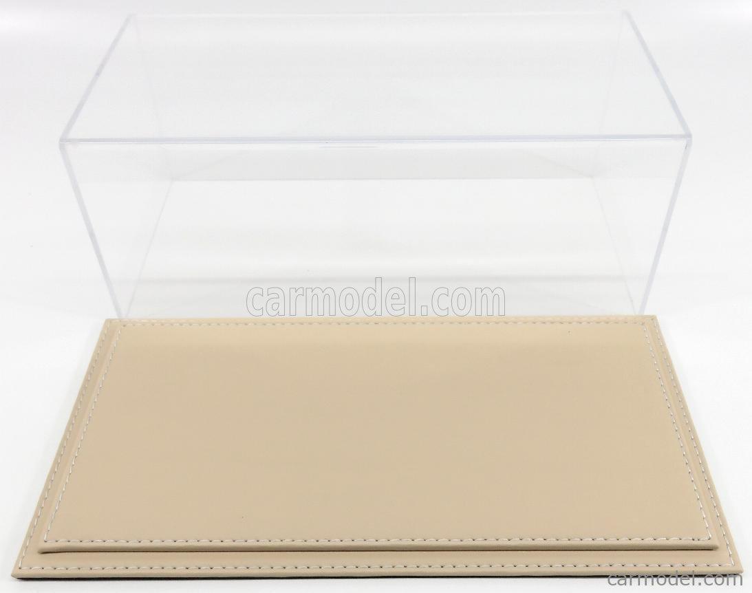 ATLANTIC ATL10014 Масштаб 1/18  VETRINA DISPLAY BOX MARANELLO BASE IN PELLE - LEATHER BASE BEIGE - Lungh.LENGHT cm 32.5 X Largh.WIDTH cm 16.5 X Alt.HEIGHT cm 12.5 (altezza interna 11.5 cm ) PLASTIC DISPLAY