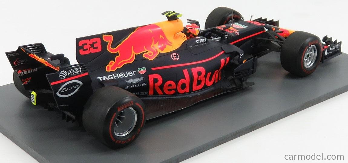 SPARK-MODEL 18S311 Масштаб 1/18  RED BULL F1  RB13 TAG HEUER N 33 WINNER MALAYSIAN GP 2017 M.VERSTAPPEN BLUE RED