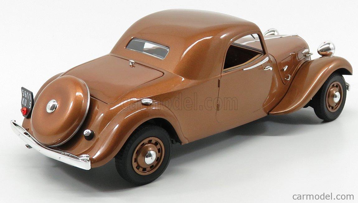 Citroën traction 11B longue 6 glaces 1938 roues Pilote,sedan long wheelbase 1:72
