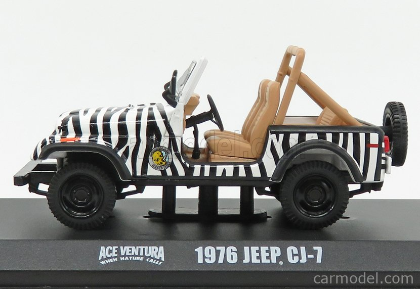 GREENLIGHT 86574 Masstab: 1/43  JEEP CJ-7 OPEN 1976 - WHEN NATURE CALLS - ACE VENTURA - MOVIE 1995 BLACK WHITE
