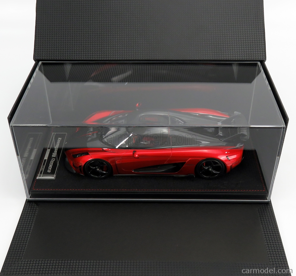 FRONTI-ART AS025-77 Масштаб 1/18  KOENIGSEGG REGERA 2016 - CON VETRINA - WITH SHOWCASE CANDY APPLE RED MET CARBON