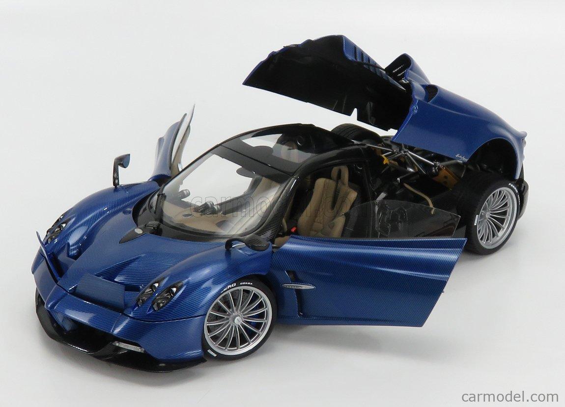 AUTOART 78286 Scale 1/18  PAGANI HUAYRA ROADSTER 2018 BLUE CARBON FIBER
