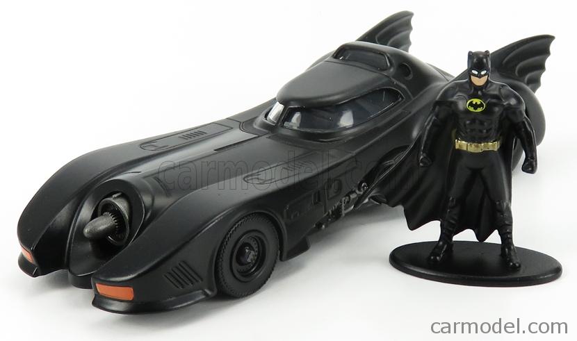 JADA 31704 Масштаб 1/32  BATMAN BATMOBILE MOVIE 1989 WITH BATMAN FIGURE MATT BLACK