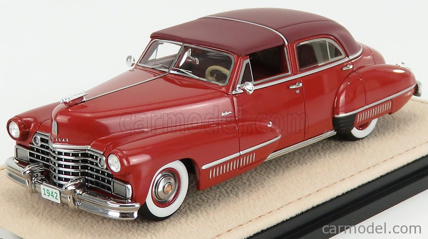 STAMP-MODELS STM42202 Scale 1/43  CADILLAC SIXTY SPECIAL TOWN BROUGHAM BY DERHAM SEMICONVERTIBLE CLOSED 1942 RED