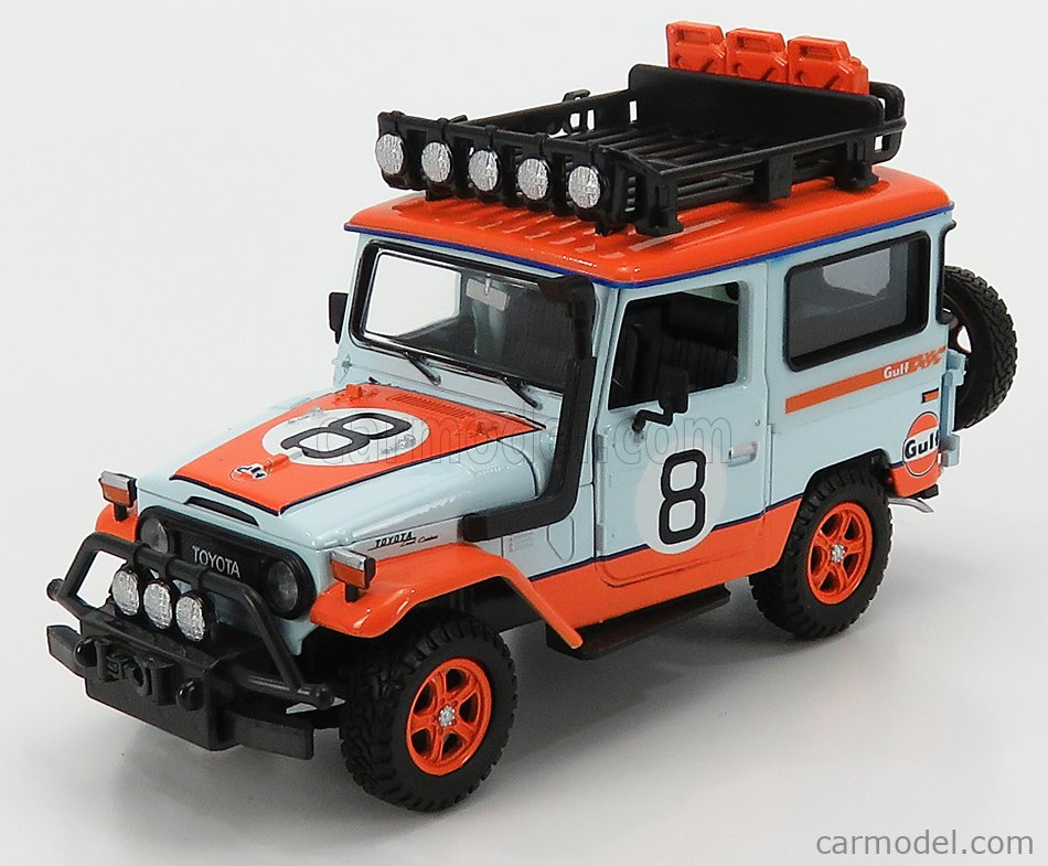 Motormax 79658 Toyota FJ 40 Land Cruiser GULF Oil Livery #8 1:24 Light Blue