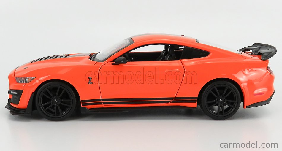 MAISTO 31532OR Scale 1/24  FORD USA MUSTANG SHELBY GT500 COUPE 2020 ORANGE