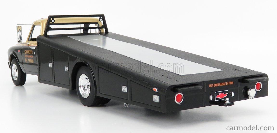 ACME-MODELS A1801703 Scale 1/18  CHEVROLET C-30 TRUCK RAMP CAR TRANSPORTER SMOKEY YUNICK 1967 BLACK GOLD
