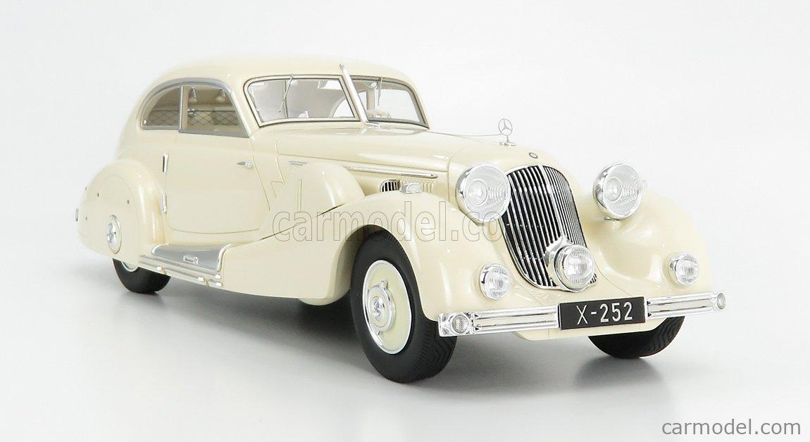 MATRIX SCALE MODELS MXL1302-011 Scale 1/18  MERCEDES BENZ 500K SPEZIAL STREAMELINED 1935 - PERSONAL CAR TAN TJOAN KENG - CON VETRINA - WITH SHOWCASE CREAM
