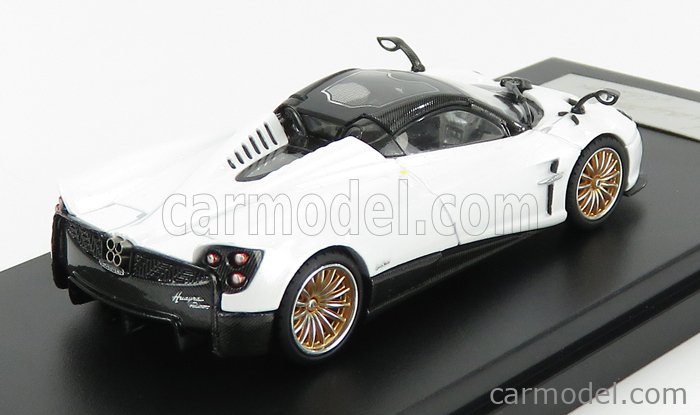 LCD-MODEL LCD64015WH Scale 1/64  PAGANI HUAYRA ROADSTER 2018 WHITE