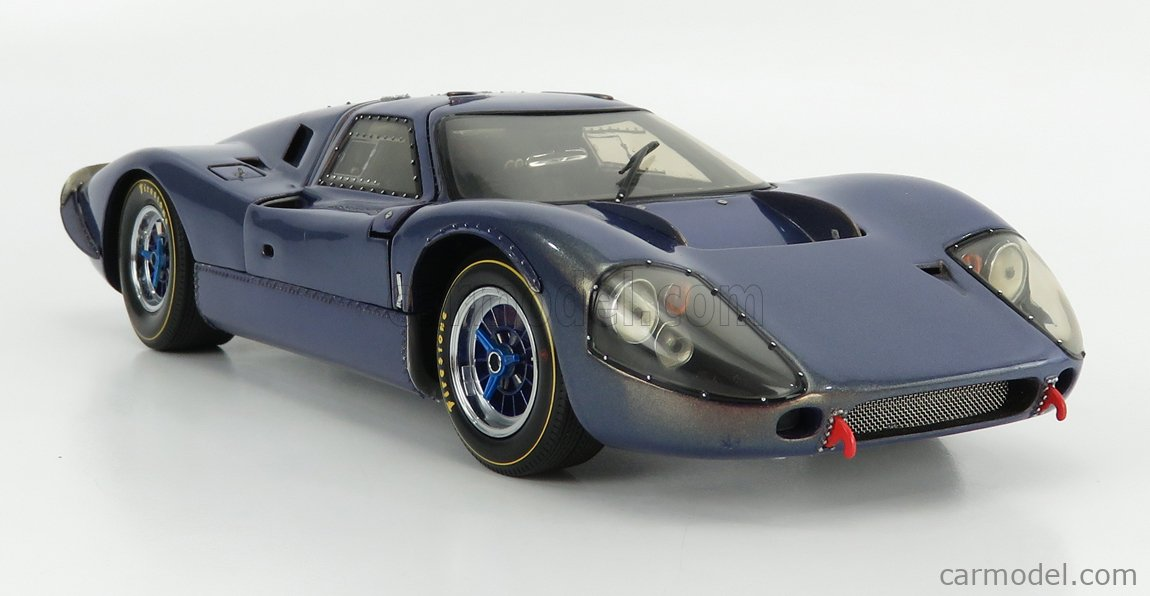 EXOTO EXO11070 Масштаб 1/18  FORD USA GT40 MKIV 1967 SILVERSTONE BLUE MET