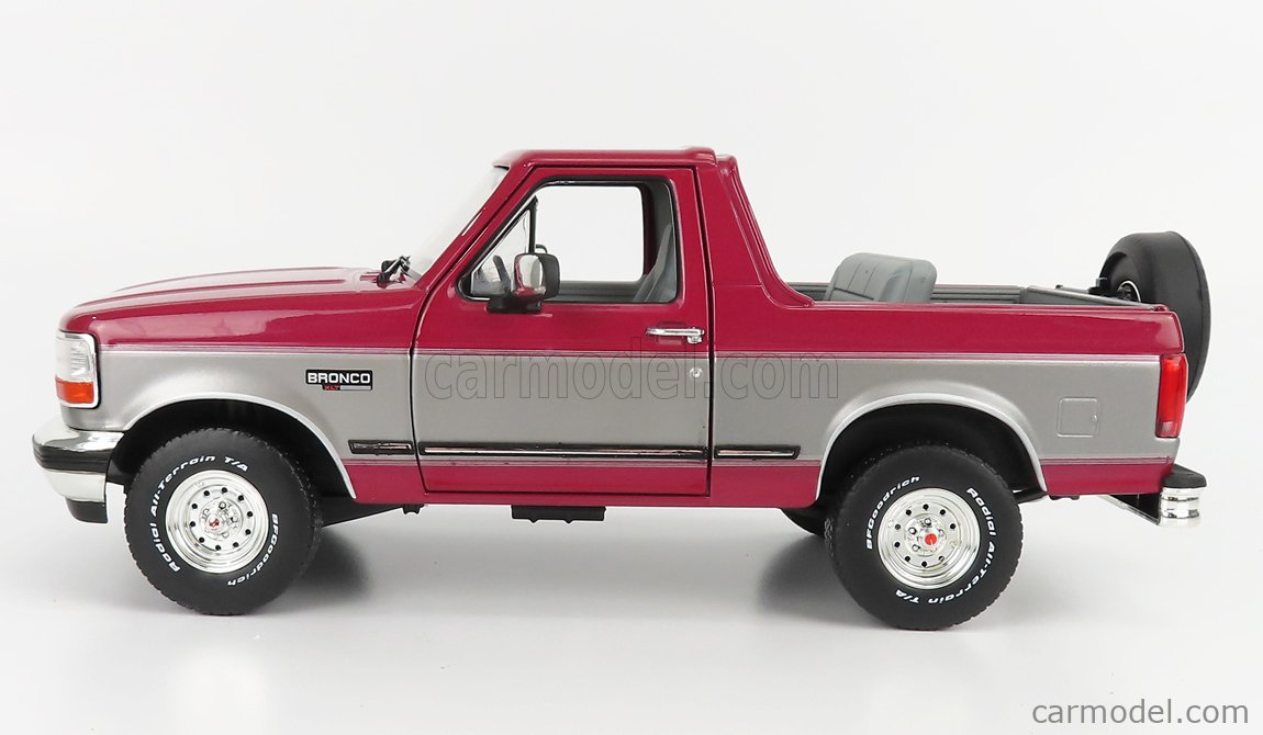 GREENLIGHT 19095 Scale 1/18  FORD USA BRONCO XLT HARD-TOP CLOSED 1996 RED SILVER