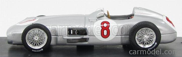 BRUMM R072-UPD Echelle 1/43  MERCEDES BENZ F1 W196 N 8 GP OLANDA 1955 J-M.FANGIO WORLD CHAMPION SILVER