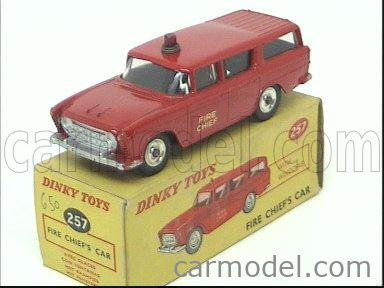 DINKY ENGLAND 257 Masstab: 1/43  NASH RAMBLER - CANADIAN FIRE ENGINE CHIEF'S CAR RED