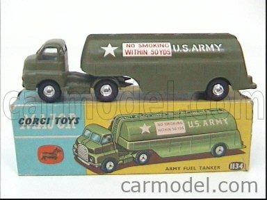 CORGI 1134 Echelle 1/43  BEDFORD ARMY FUEL TANKER TRUCK MILITARY GREEN