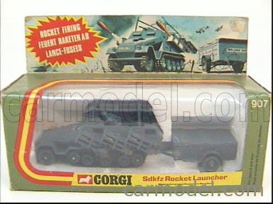 CORGI 907 Echelle 1/43  HANOMAG SDKFZ 251/1 ROCHET LAUNCHER MILITARY GREEN