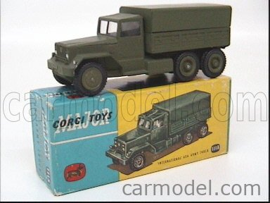 CORGI 1118 Echelle 1/43  INTERNATIONAL 6X6 ARMY TRUCK MILITARY GREEN