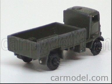 DEOMA ITALY 4 Echelle 1/87  TRUCK MILITARY MILITARY GREEN