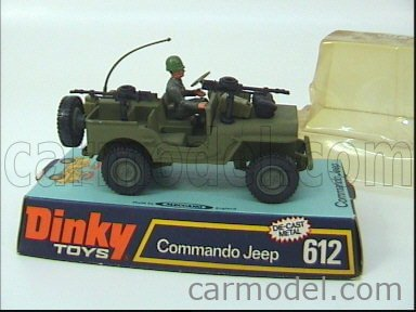DINKY ENGLAND 612 Echelle 1/32  JEEP COMMANDO  US ARMY WITH SOLDIER MILITARY GREEN
