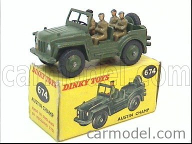 DINKY ENGLAND 674 Echelle 1/50  AUSTIN CHAMP WITH FOUR SOLDIERS MILITARY GREEN