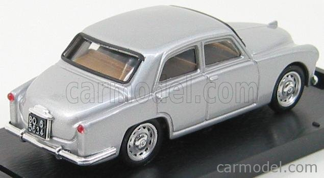 BRUMM R089-04 Scale 1/43  ALFA ROMEO 1900 1950 SILVER