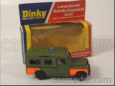 DINKY ENGLAND 604 Echelle 1/43  LAND ROVER LAND BOMB DISPOSAL UNIT WITH ROBOT MILITARY GREEN