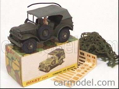 DINKY FRANCE 810 Echelle 1/43  DODGE WC 56 MILITARY COMBAT CAR MILITARY GREEN