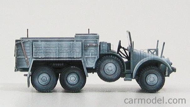 DRAGON ARMOR 60501 Echelle 1/72  KFZ 70 6x4 TRUCK PERSONNEL CARRIER - WINTER CAMOUFLAGE MILITARY CAMOUFLAGE