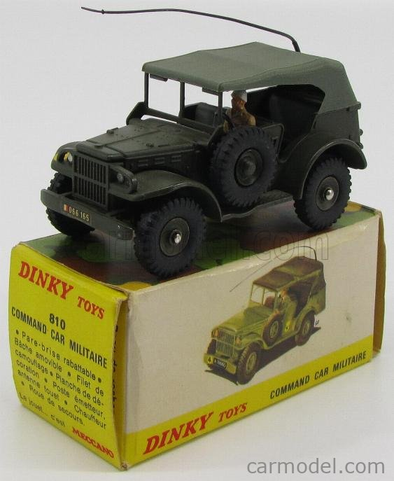 DINKY FRANCE 810 Echelle 1/43  DODGE WC 56 MILITARY COMMAND CAR WITH FIGURES MILITARY GREEN