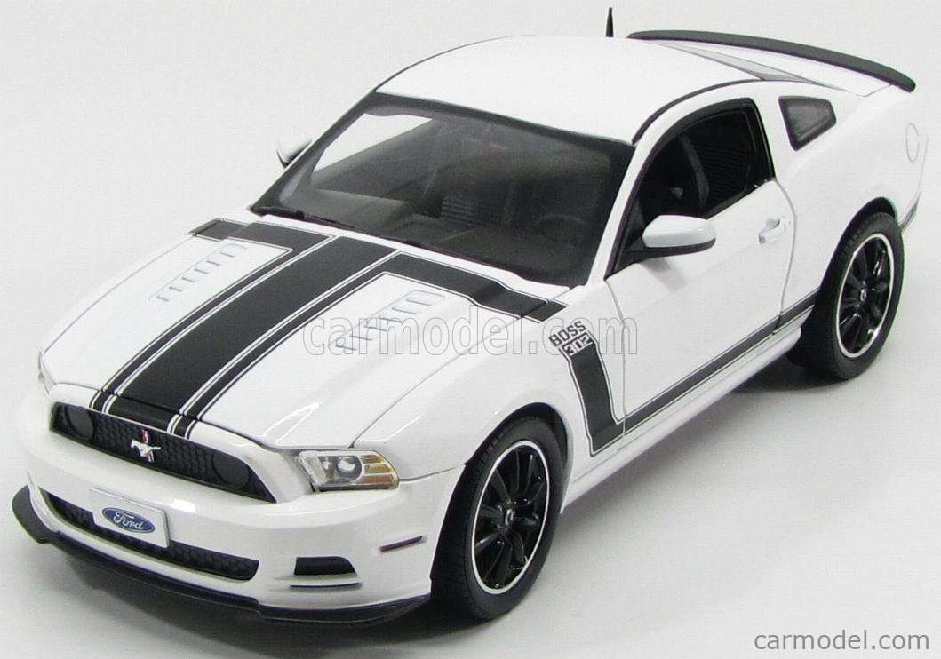 SHELBY-COLLECTIBLES SHELBY452 Scale 1/18  FORD USA MUSTANG SHELBY BOSS 302 COUPE 2013 WHITE BLACK