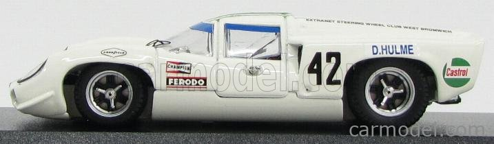 BEST-MODEL 9528 Scale 1/43  LOLA T70 COUPE N 42 WINNER TOURIST TROPHY 1969 D.HULME WHITE GREEN