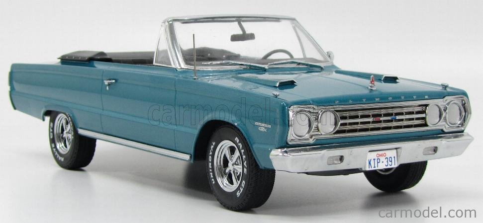 GREENLIGHT 19005 Scale 1/18  PLYMOUTH BELVEDERE GTX CONVERTIBLE 1967 - TOMMY BOY MOVIE LIGHT BLUE MET