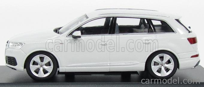 SPARK-MODEL 5011407623 Scale 1/43  AUDI Q7 V8 TDI QUATTRO S-LINE 2014 GLACIER WHITE