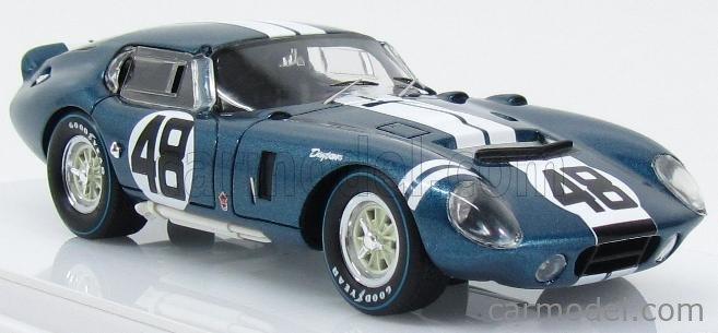 TRUESCALE TSM154339 Echelle 1/43  AC COBRA SHELBY DAYTONA COUPE CSX2601 TEAM ALAN MANN RACING N 48 WINNER GT CLASS 1000km MONZA 1965 B.BONDURANT A.GRANT BLUE WHITE