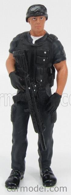 AMERICAN DIORAMA 77418 Echelle 1/18  FIGURES SOLDATO COMANDANTE SWAT CON FUCILE - SOLDIER CHIEF SWAT WITH RIFLE GUN MILITARY GREEN